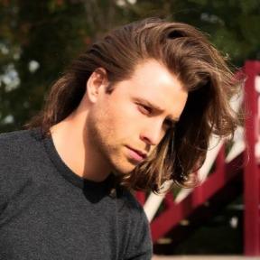 1-medium-length-hair-men-look