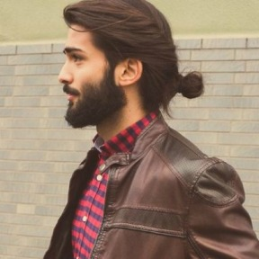 man-bun-and-beard-look-men